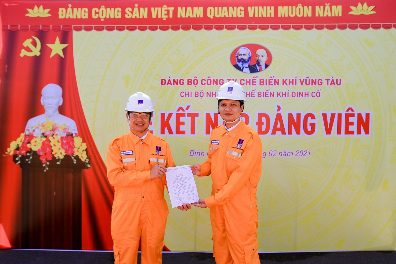 Đảng bộ KVT thực hiện các chương trình phát triển đảng viên, giới thiệu cho đảng lực lượng lao động trẻ ưu tú