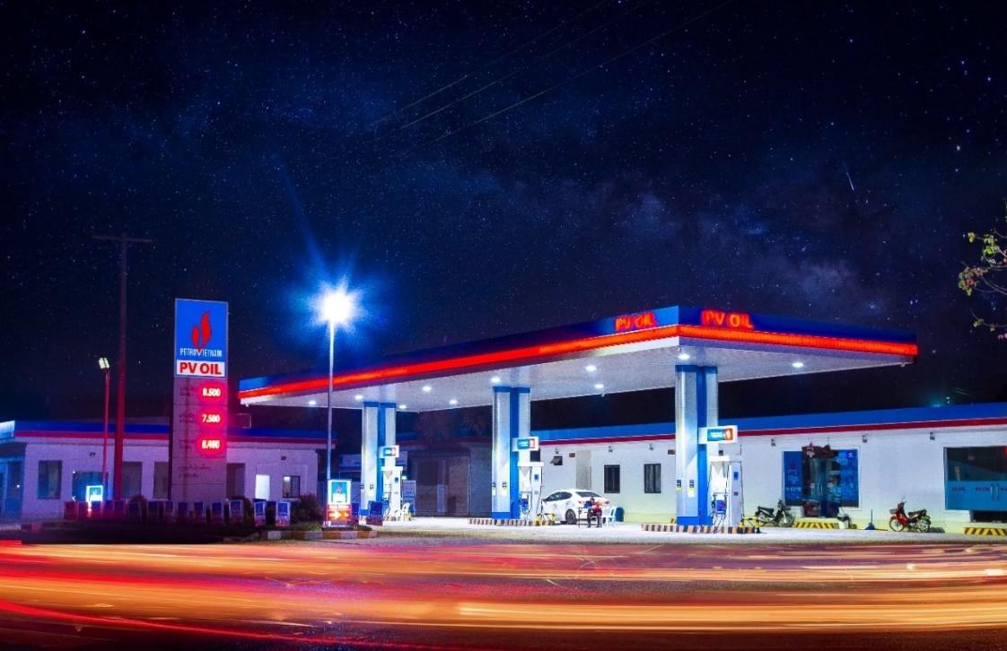 Cửa hàng xăng dầu của PVOIL Lào