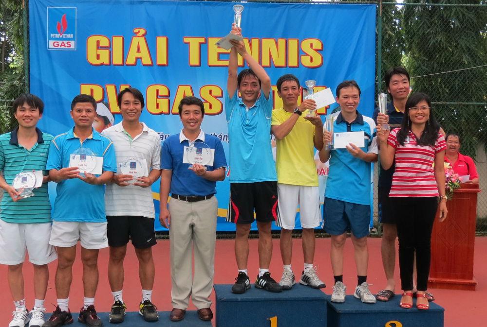 pv gas to chuc thanh cong giai tennis 2014