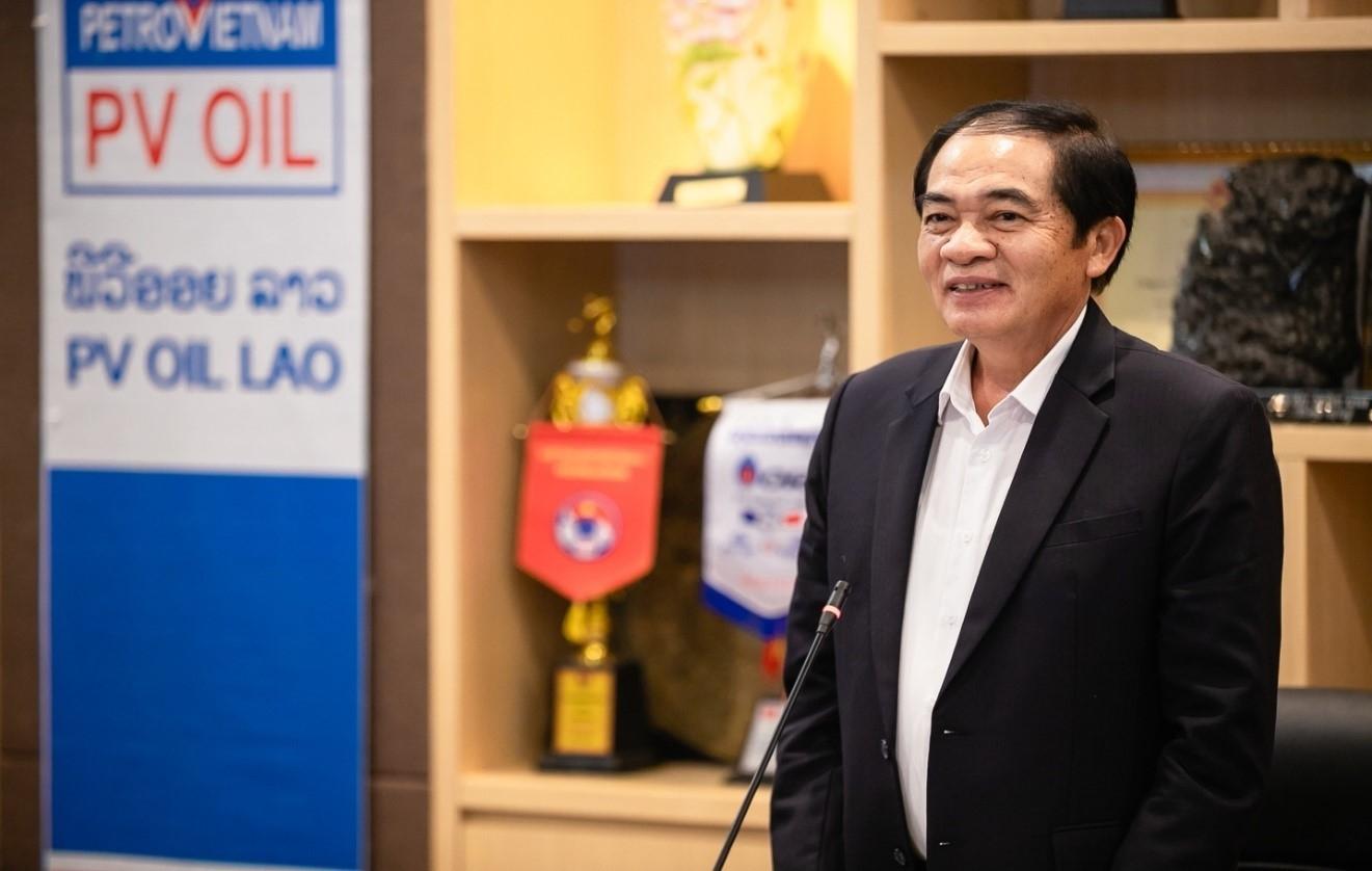 Ông KhamPheng Xaysompheng – Bộ trưởng Bộ Công thương Lào phát biểu chỉ đạo tại cuộc họp