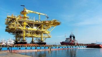 Cổ phiếu Dầu khí bùng nổ khi giá dầu vụt tăng 7 USD/thùng