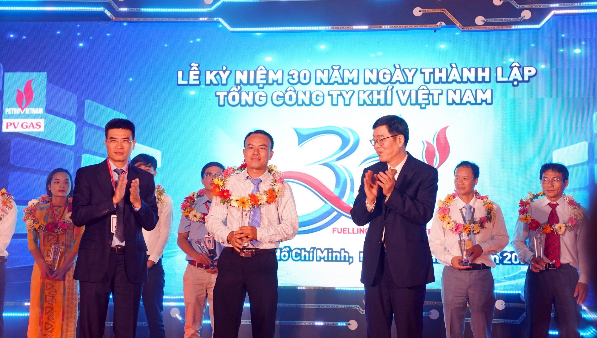 2202-10tuyen-duong-ca-nhan-xs