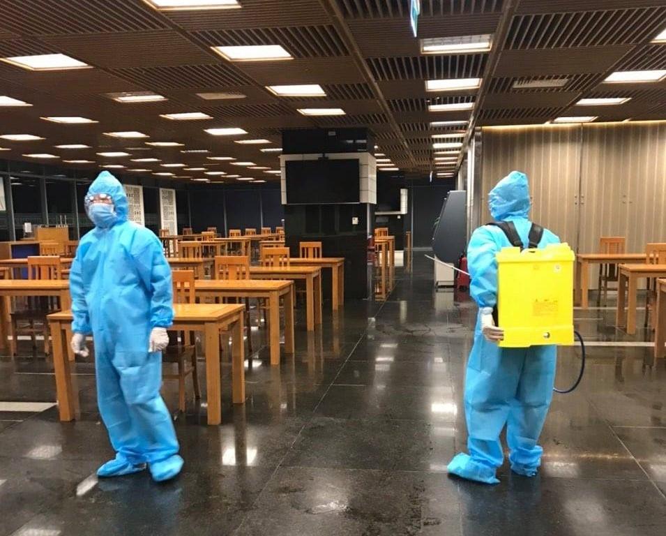 Hình ảnh Cơ quan Điều hành PV GAS được khử khuẩn, bảo vệ an toàn trong những ngày thực hiện quy định giãn cách toàn thành phố Hồ Chí Minh