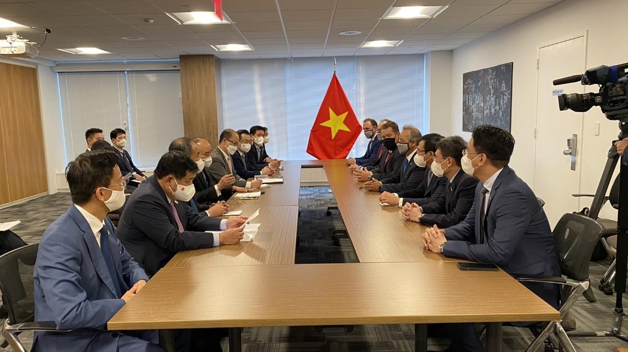 Cuộc hội đàm giữa đoàn đại biểu cấp cao Chính phủ Việt Nam với các bên tham gia Dự án đầu tư xây dựng Kho cảng LNG Sơn Mỹ