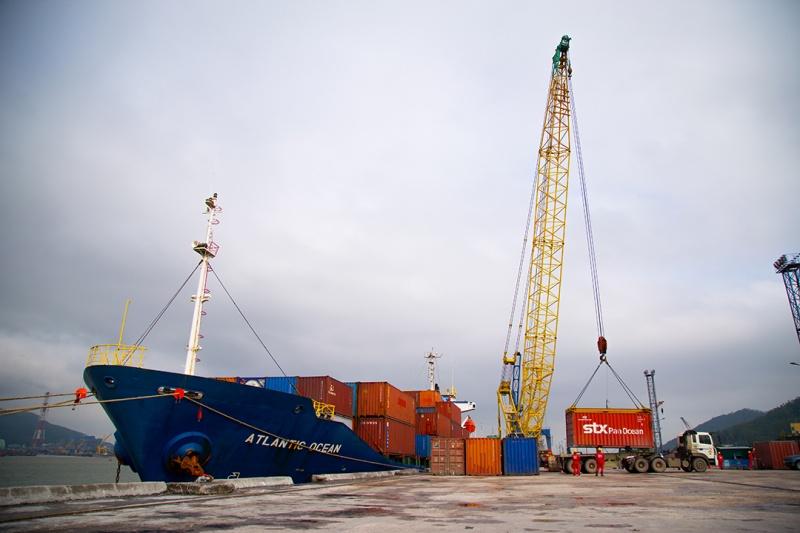ptsc thanh hoa va gls shipping khai truong tuyen van tai container tai nghi son