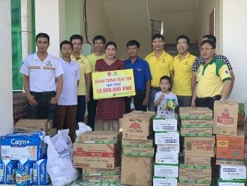 """""""Hành trình trái tim"""" PVCFC đến với Trung tâm bảo trợ xã hội tỉnh Cà Mau"""