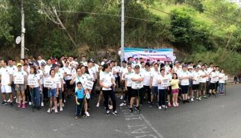 hon 100 van dong vien tham gia giai chay bo thanh nien pv shipyard 2019