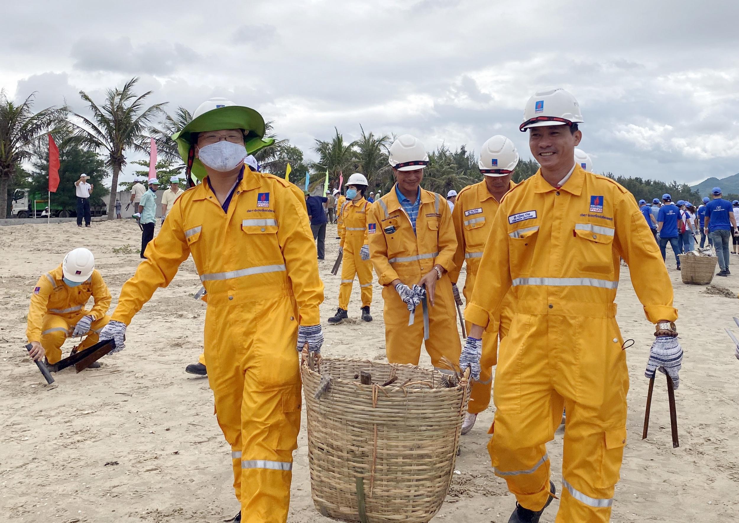 Người lao động PV GAS tham gia các hoạt động vì cộng đồng