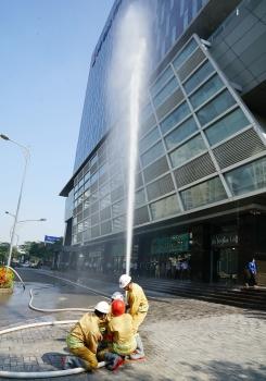 Diễn tập phương án chữa cháy, cứu nạn, cứu hộ tại tòa nhà PV GAS