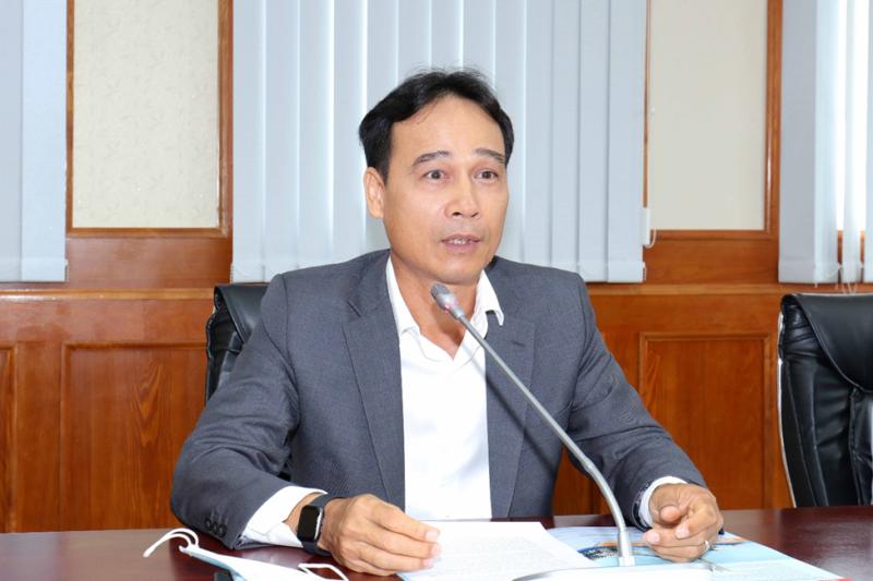 Đ/c Nguyễn Quỳnh Lâm - Tổng Giám đốc Vietsovpetro báo cáo tóm tắt tình hình sản xuất kinh doanh của Vietsovpetro trong năm 2020