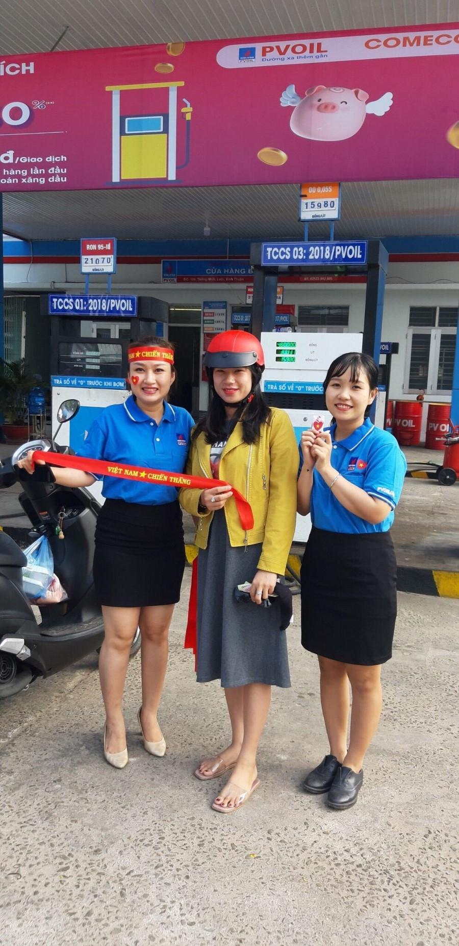 pvoil tham gia co vu tran chung ket bong da nam sea games 30