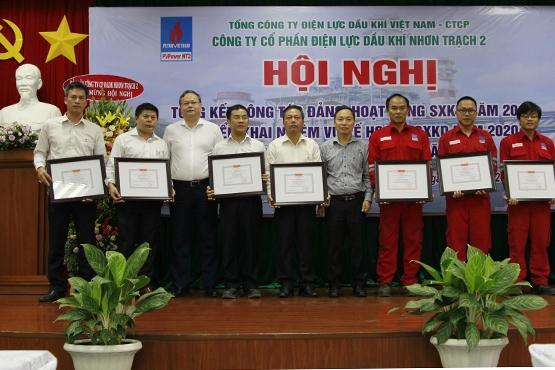 nt2 dat doanh thu hon 8000 ty dong trong nam 2019