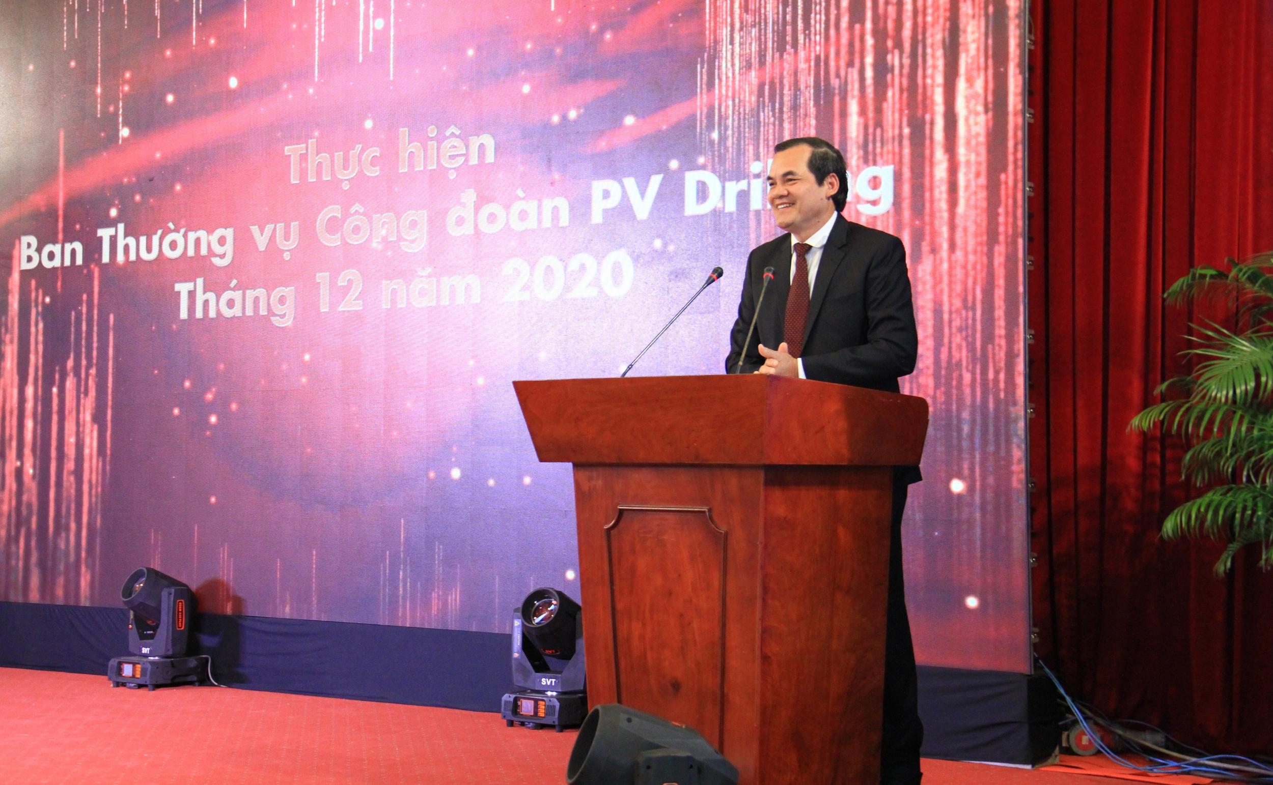Chủ tịch Công đoàn PV Drilling Hồ Trọng Thoán báo cáo