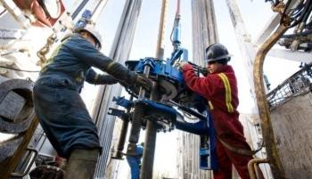 450.000 người trong ngành dầu khí Canada có thể mất việc vào năm 2050