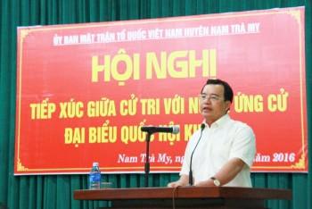 Đồng chí Nguyễn Quốc khánh tiếp xúc cử tri ở huyện Nam Trà My