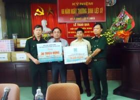 pvn ung ho 30 trieu dong cho trung tam dieu duong nguoi tam than co cong thai binh