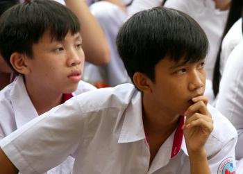hoc sinh phai duoc day cach dung mang xa hoi