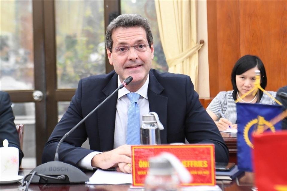 Ông Andrew Jeffries, Giám đốc Quốc gia của ADB tại Việt Nam,