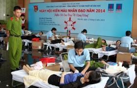 """Ngày hội hiến máu nhân đạo 2014: """"Nghĩa cử cao đẹp vì cộng đồng"""""""