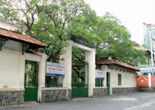 Sửa chữa ngôi trường lâu đời nhất TP HCM