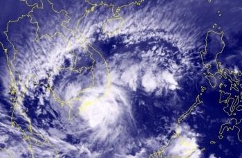 Trưa chiều nay, bão Tembin vào Côn Đảo, gió giật cấp 13