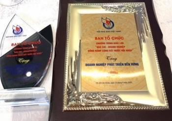 Tập đoàn Bảo Việt (BVH) được ghi nhận có thành tích hỗ trợ phòng chống dịch Covid-19