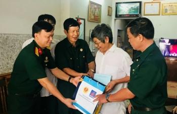 Thăm hỏi, tặng quà các gia đình chính sách tỉnh Tuyên Quang
