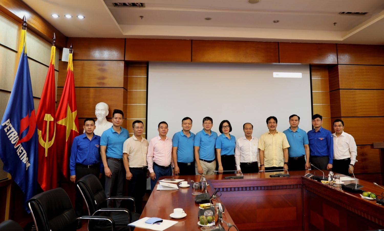 Hội CCB Cơ quan Tập đoàn gặp mặt, tri ân thân nhân các gia đình liệt sĩ
