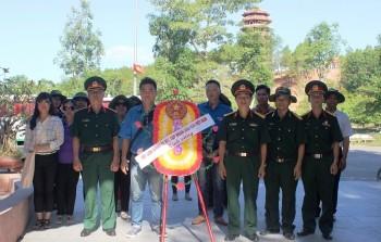 Về thăm nơi  yên nghỉ của 10 cô gái Ngã Ba Đồng Lộc