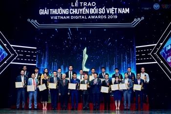 """50 tổ chức, doanh nghiệp đạt giải thưởng """"Công nghệ số Việt Nam 2019"""""""