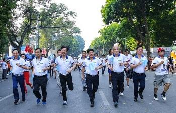 Gần 1.500 VĐV tham gia Giải chạy Báo Hànộimới mở rộng lần thứ 46