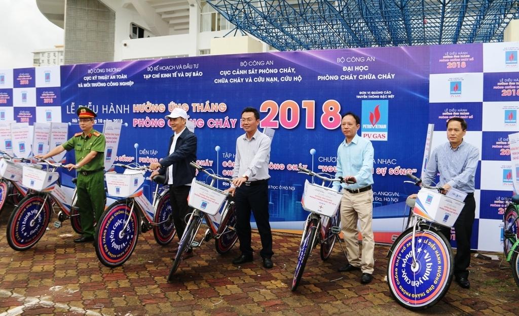 dap xe dieu hanh huong ung thang phong chong chay no 2018