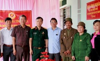 """Hội CCB Tập đoàn trao nhà """"Nghĩa tình đồng đội"""" tại Thanh Hóa"""