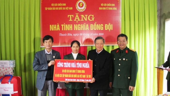 tang nha nghia tinh dong doi cho ccb hoan canh kho khan