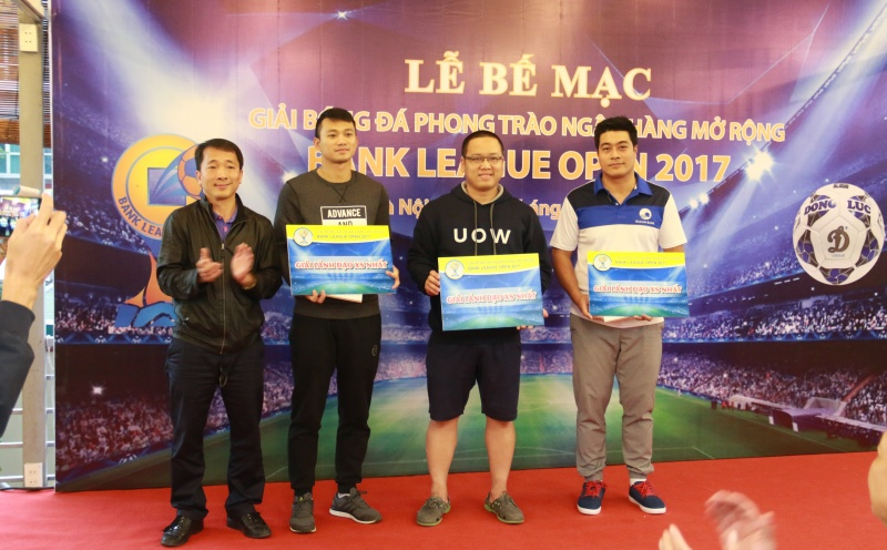 pvcombank be mac giai bong da bank league open 2017