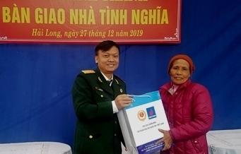 """Hội CCB Tập đoàn trao nhà """"Nghĩa tình đồng đội"""" cho gia đình liệt sĩ tại Nam Định"""