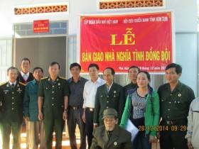 """Bàn giao 3 nhà """"Nghĩa tình đồng đội"""" tại tỉnh Kon Tum"""