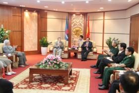 Đoàn đại biểu CCB Liên bang Nga sang thăm và làm việc tại PVN
