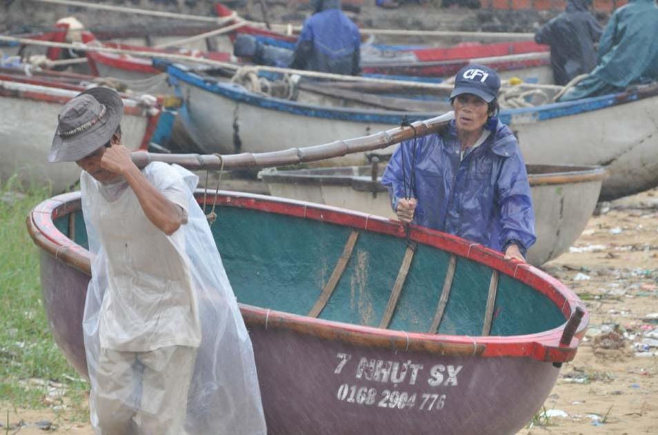 Huy động tổng lực ứng phó với siêu bão Haiyan