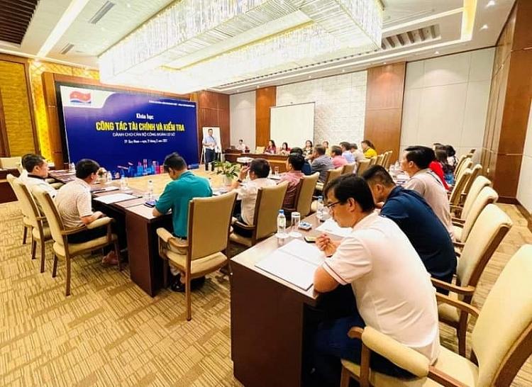 Công đoàn Vietsovpetro tổ chức đào tạo công tác tài chính