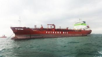 pvtrans oil nhan ban giao tau pvt neptune tai singapore
