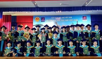 PVU tổ chức Lễ Tốt nghiệp, trao bằng kỹ sư và khai giảng năm học mới 2019-2020