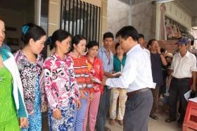 PVCFC chia sẻ khó khăn cùng người dân trong vụ cháy lớn ở An Giang
