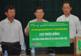 PVFCCo hỗ trợ khẩn cấp 2,5 tỷ đồng cho nạn nhân của bão số 8 và 10