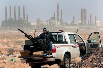 libya cao buoc uae dung sau vu phong toa tau cho dau cua nuoc nay