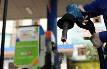 Trung Quốc mở rộng xuất khẩu xăng dầu sang châu Phi