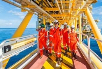Petronas, PTTEP hợp tác thăm dò và khai thác dầu khí ở Vịnh Thái Lan