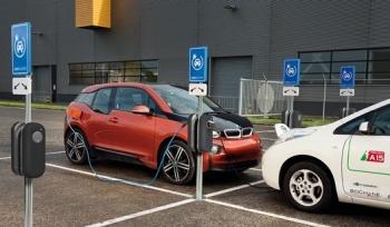 Shell mua lại mạng lưới sạc xe điện lớn nhất châu Âu