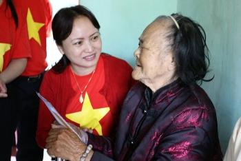 Công đoàn Dầu khí tri ân Mẹ Việt Nam Anh hùng và hướng đến biển đảo quê hương
