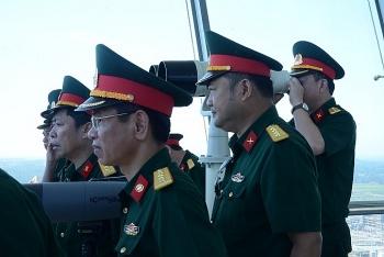 Đoàn cán bộ Học viện Quốc phòng nghiên cứu thực tế tại NMLD Dung Quất